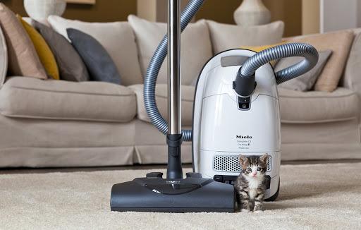 miele-complete-c3-powerline-cat-dog